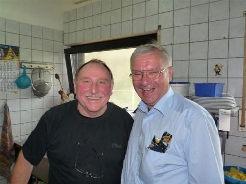 vorfreude-auf-fruhlingspizza-6-2009-08-25-wahlkampf-108.jpg