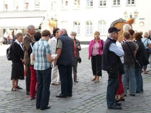 rege-gesprache-am-jesiutenplatz-2009-09-12-wahlkampf-029.jpg