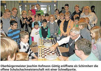 rz 21.11.2014, S. 22 Schulschach--1-5cfb71c84ba83e0f